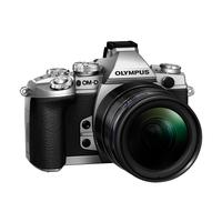 Digitale fotocameras - Olympus E-M1 Body 16 Mpix Zilver Kit Incl. EZ-M1240 PRO Zwart - V207017SE000